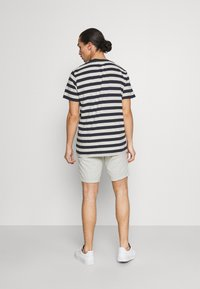 Selected Homme - MAXWELL ONECK TEE - Print T-shirt - sky captain/melange - 2