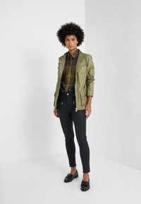 Barbour - MOORLAND - Button-down blouse - olive - 1