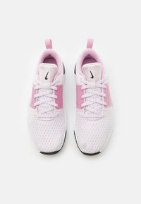 Nike Performance - RENEW IN-SEASON TR 10 - Zapatillas de entrenamiento - light violet/metallic copper/light arctic pink/black/white - 3