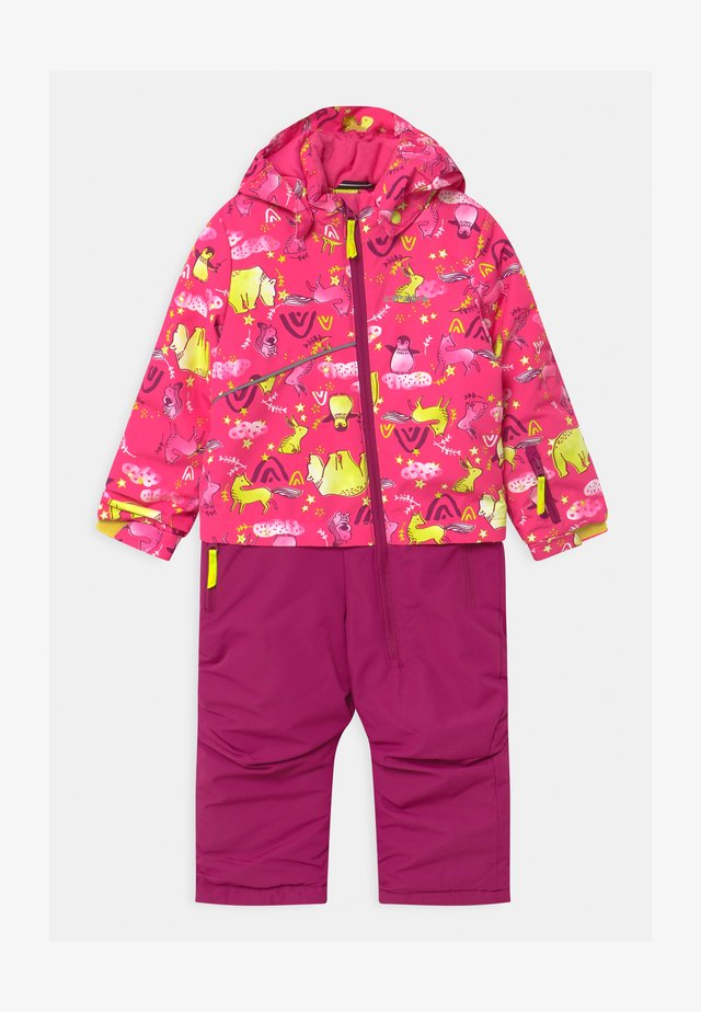 JIZAN UNISEX - Snowsuit - hot pink