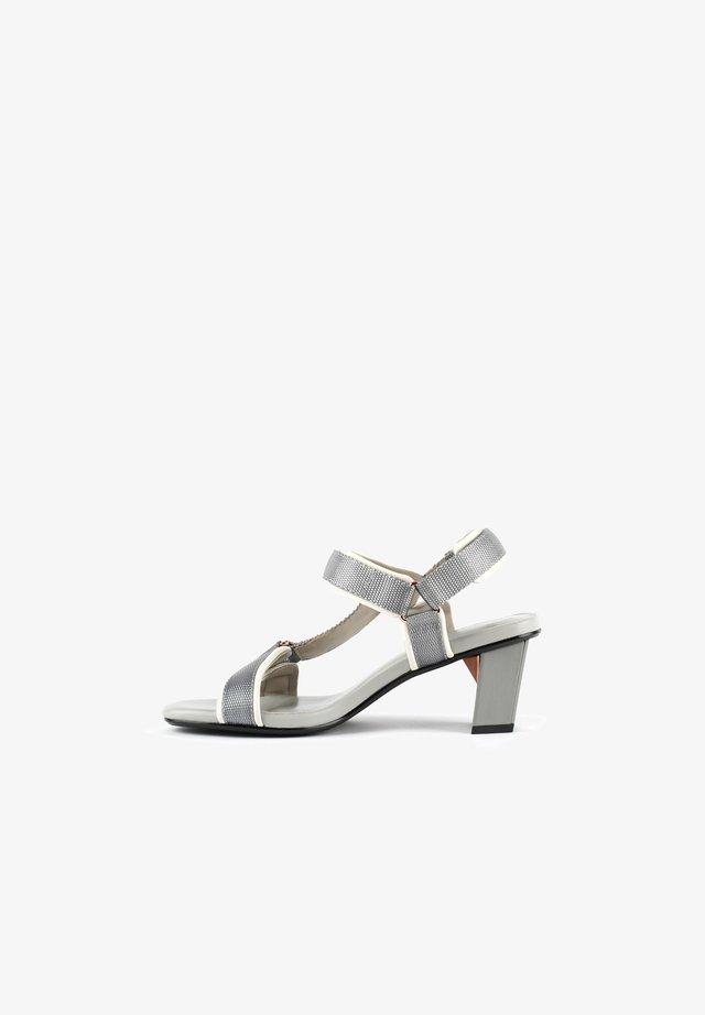 Sandals - composite