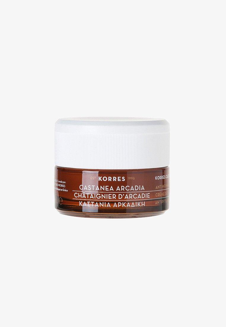 Korres - CASTANEA ARCADIA ANTI-WRINKLE & FIRMING DAY CREAM OILY - COMBINA - Face cream - neutral