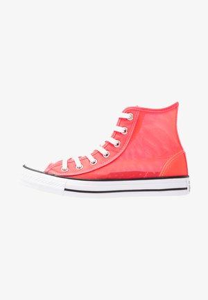 CHUCK TAYLOR - Korkeavartiset tennarit - racer pink/white/black