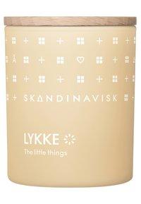 Skandinavisk - SCENTED CANDLE WITH LID - Duftlys - lykke - 0