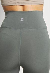 Cotton On Body - LIFESTYLE - Legging - oil green laser - 3