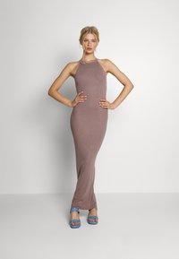 Missguided - HALTER DRESS - Maxi dress - mocha - 0