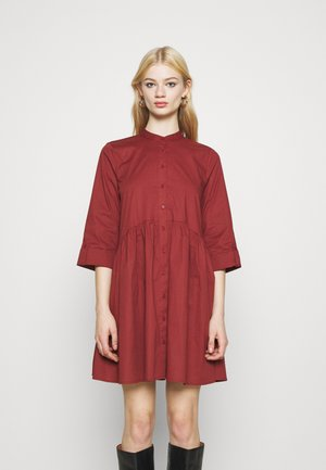ONLDITTE LIFE DRESS - Robe chemise - madder brown