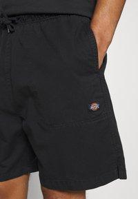 Dickies - PELICAN RAPIDS - Shorts - black - 3