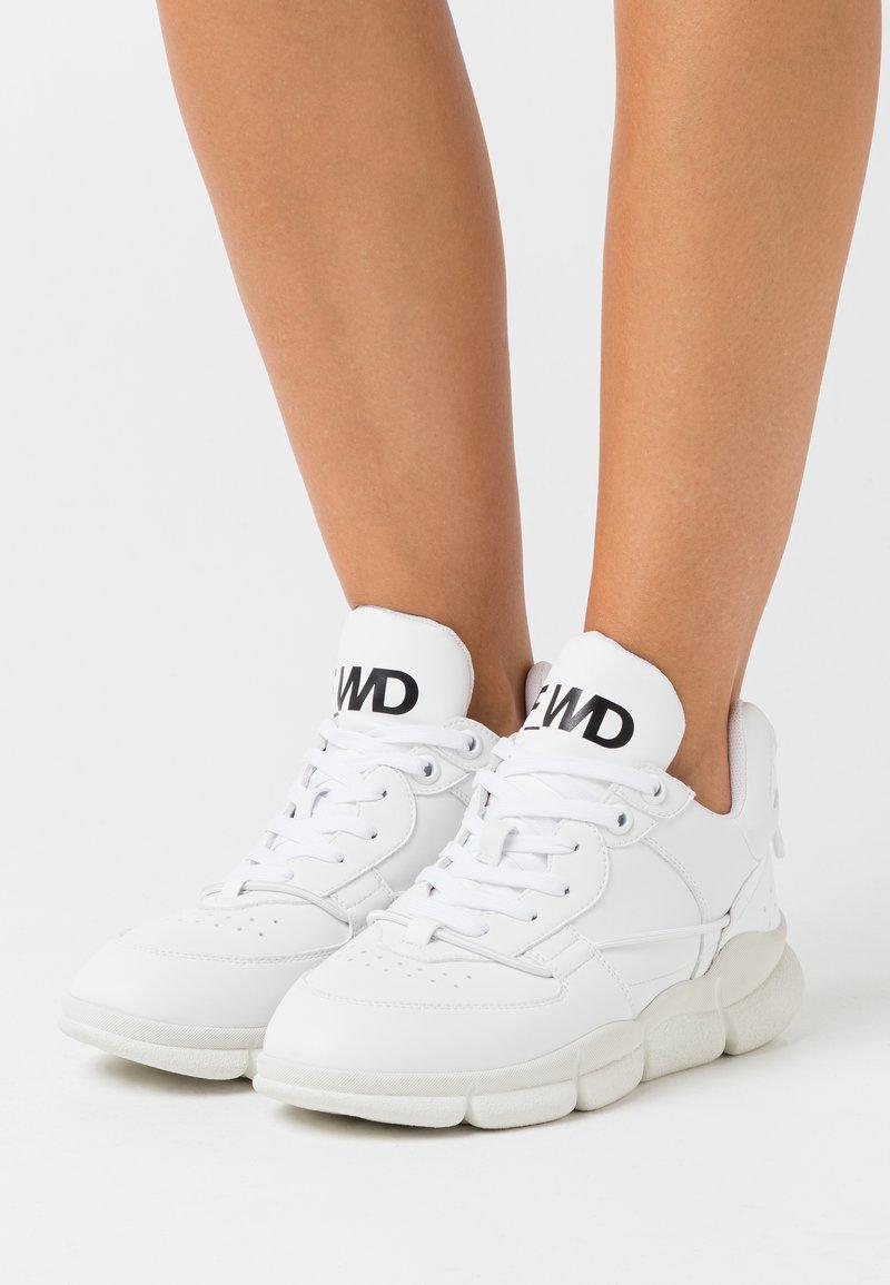 F_WD - Tenisky - white