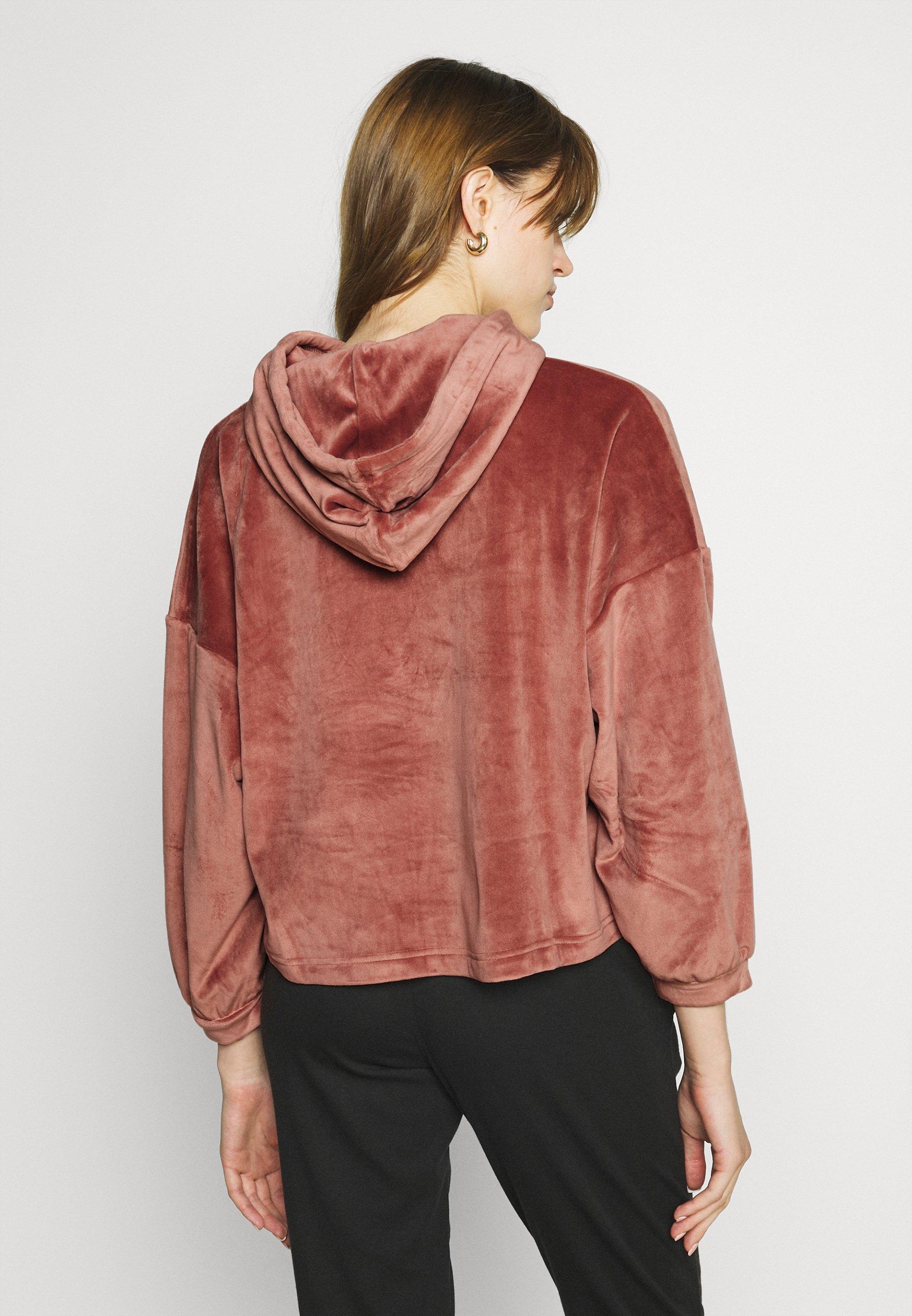 Damer YOLA - Nattøj trøjer