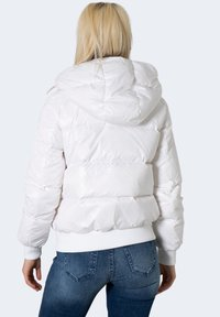 Armani Exchange - BLOUSON JACKET  - Winter jacket - white - 1