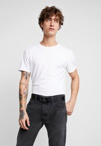 Calvin Klein - BUCKLES GIFTSET - Belt - black - 1