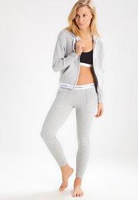 Calvin Klein Underwear - MODERN LOUNGE FULL ZIP HOODIE - Zip-up hoodie - grey - 1