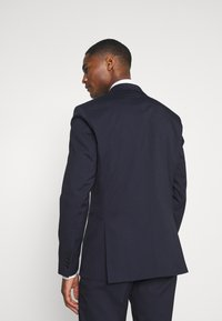 Selected Homme - SLHSLIM MAZELOGAN SUIT - Completo - navy - 3