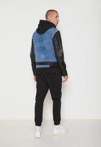 Be Edgy - BEMAX D - Denim jacket - black/indigo - 2