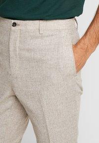 Viggo - ALTA  - Trousers - stone - 4