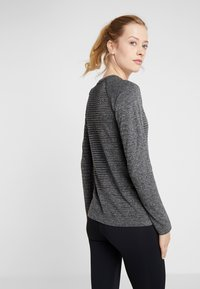 ODLO - CREW NECK SEAMLESS ELEMENT - Long sleeved top - grey melange - 2