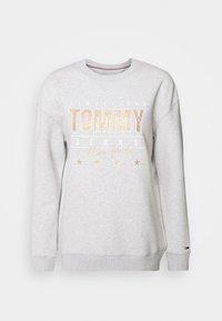 Tommy Jeans - Sweatshirt - silver grey heather - 4