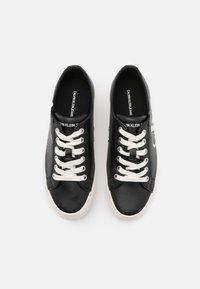 Calvin Klein Jeans - ZESLEY - Sneakersy niskie - black - 5