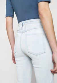 CLOSED - PUSHER - Skinny džíny - light blue - 4