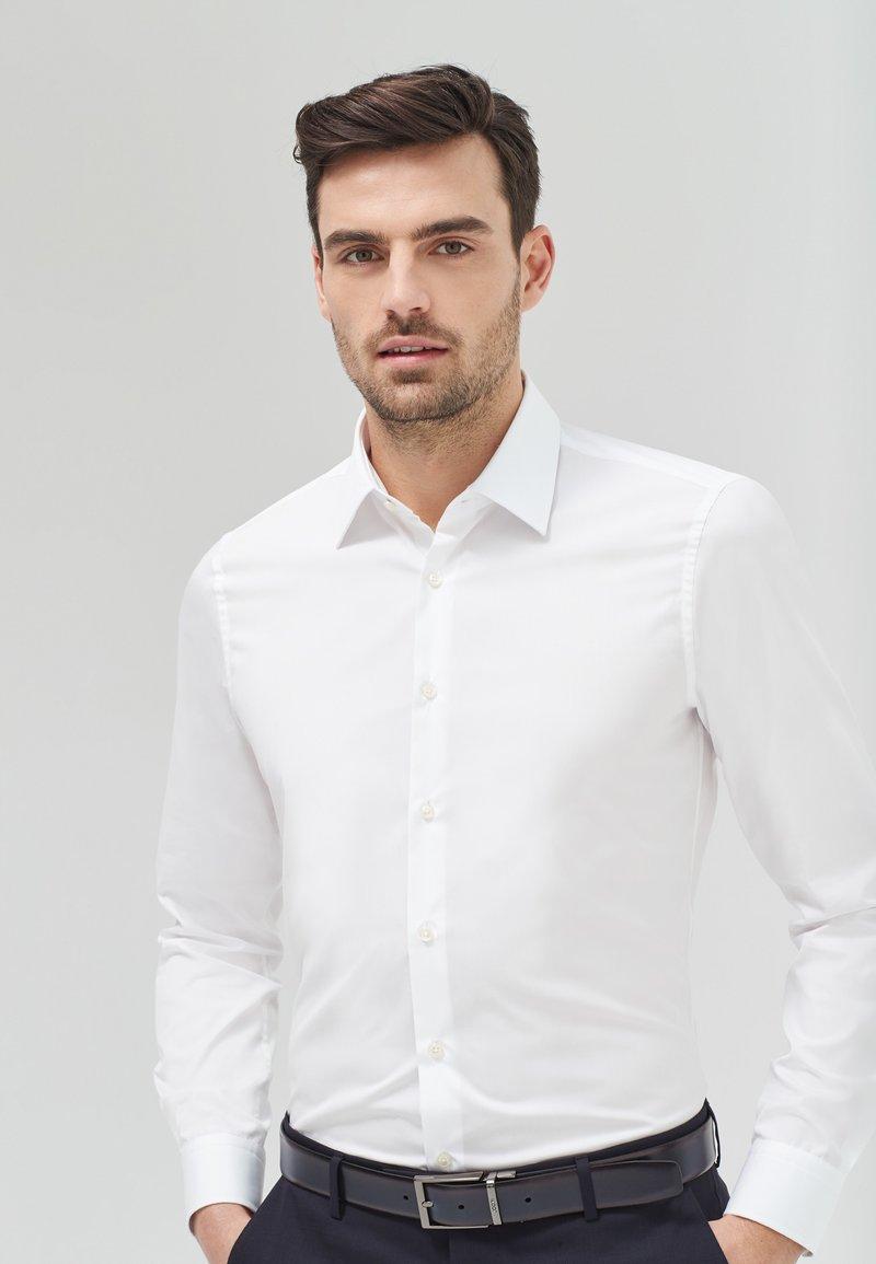 JOOP! - Formal shirt - weiß