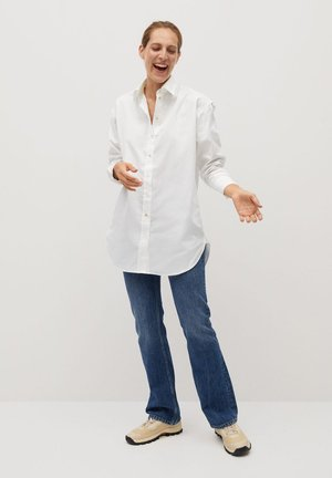 Button-down blouse - råhvid