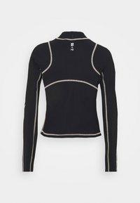 Sweaty Betty - SWEATY BETTY X HALLE BERRY SOFIA TRAINING RASH GUARD - Sports shirt - black - 1