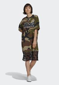 adidas Originals - TEE DRESS - Jersey dress - multicolor - 1