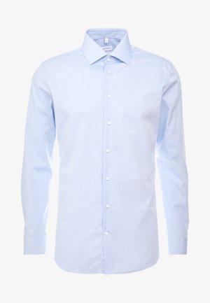 SLIM FIT BUSINESS KENT - Formal shirt - light blue