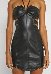 Missguided - DOUBLE CUT OUT MINI DRESS - Cocktail dress / Party dress - black - 4