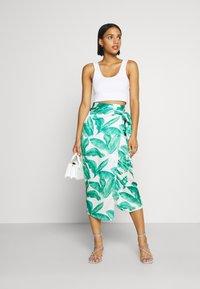 Never Fully Dressed - MULTI USE BANANA LEAF JASPRE - Pencil skirt - green - 1