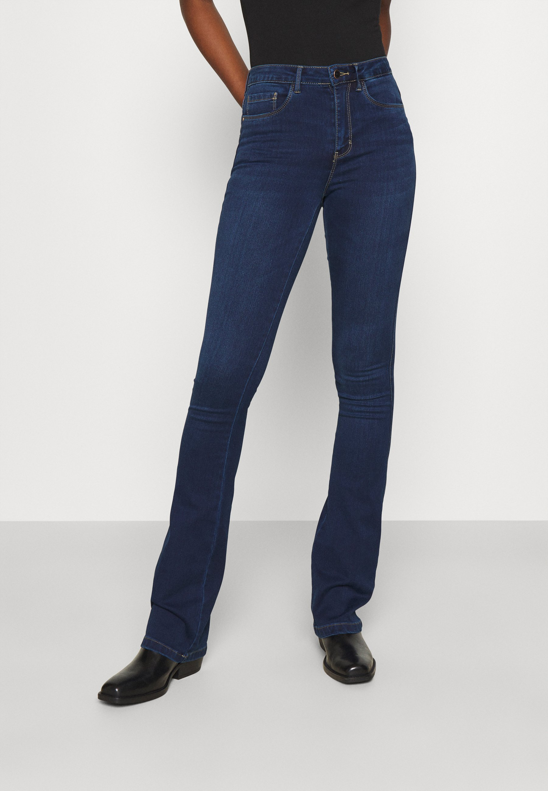 Damer ONLROYA LIFE SWEET  - Flared jeans