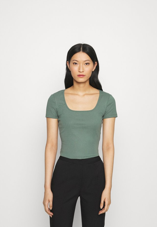 T-shirts basic - light green