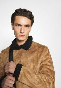 Nominal - AVIATOR  - Faux leather jacket - tan - 3