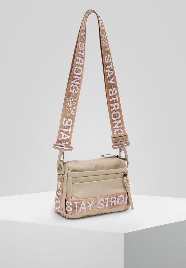 YMA - Across body bag - beige rose