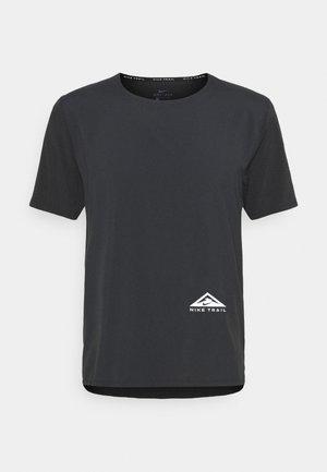 TRAIL RISE - Print T-shirt - black/silver