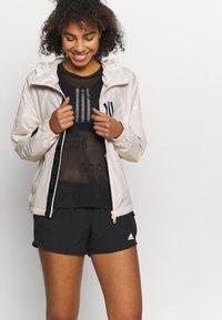 adidas Performance - RUN IT - Sports shorts - black - 3