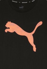 Puma - ACTIVE SPORTS GRAPHIC TEE - Print T-shirt - black - 3