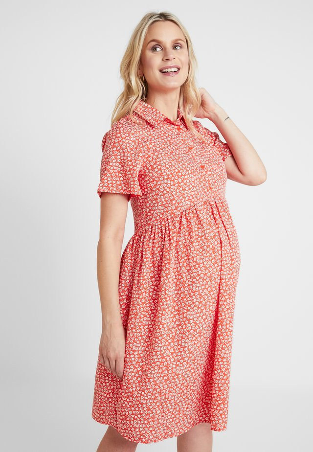 RACHEL DITSY DRESS - Sukienka koszulowa - red