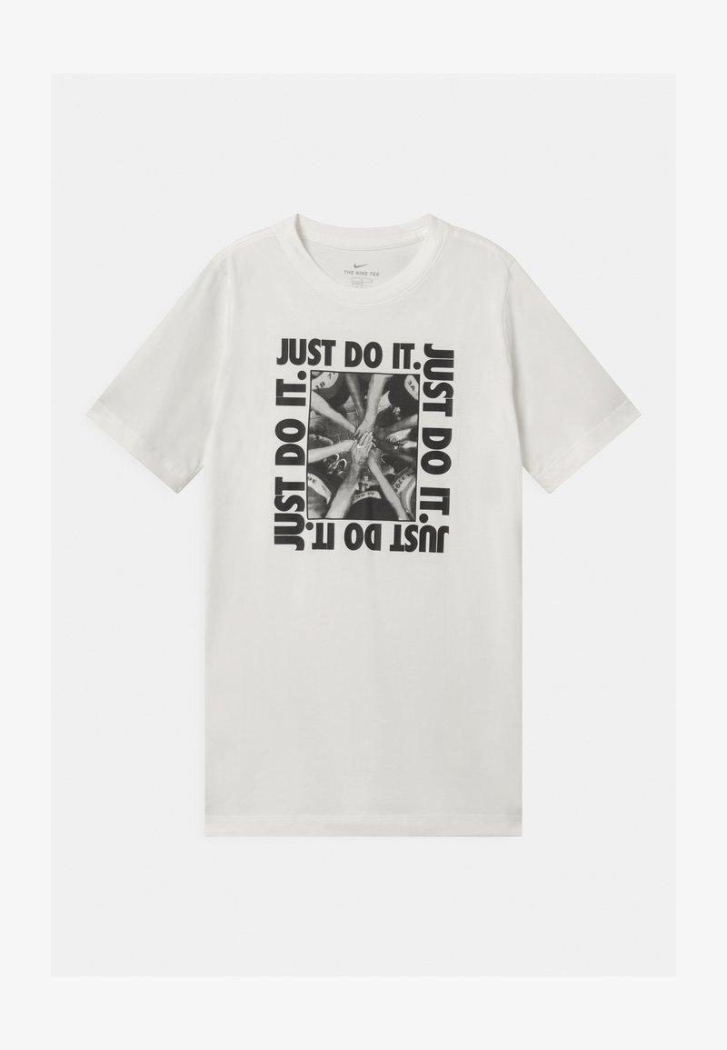 Nike Sportswear - VERBIAGE  - T-shirts med print - white