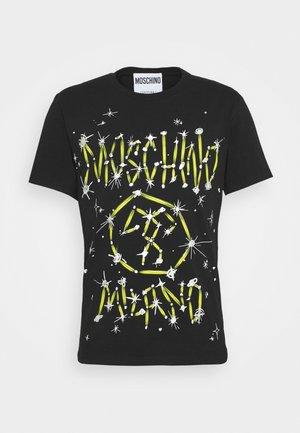 Camiseta estampada - fantasy black
