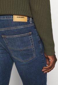 Diesel - D-LUSTER - Jeans slim fit - blue denim - 3