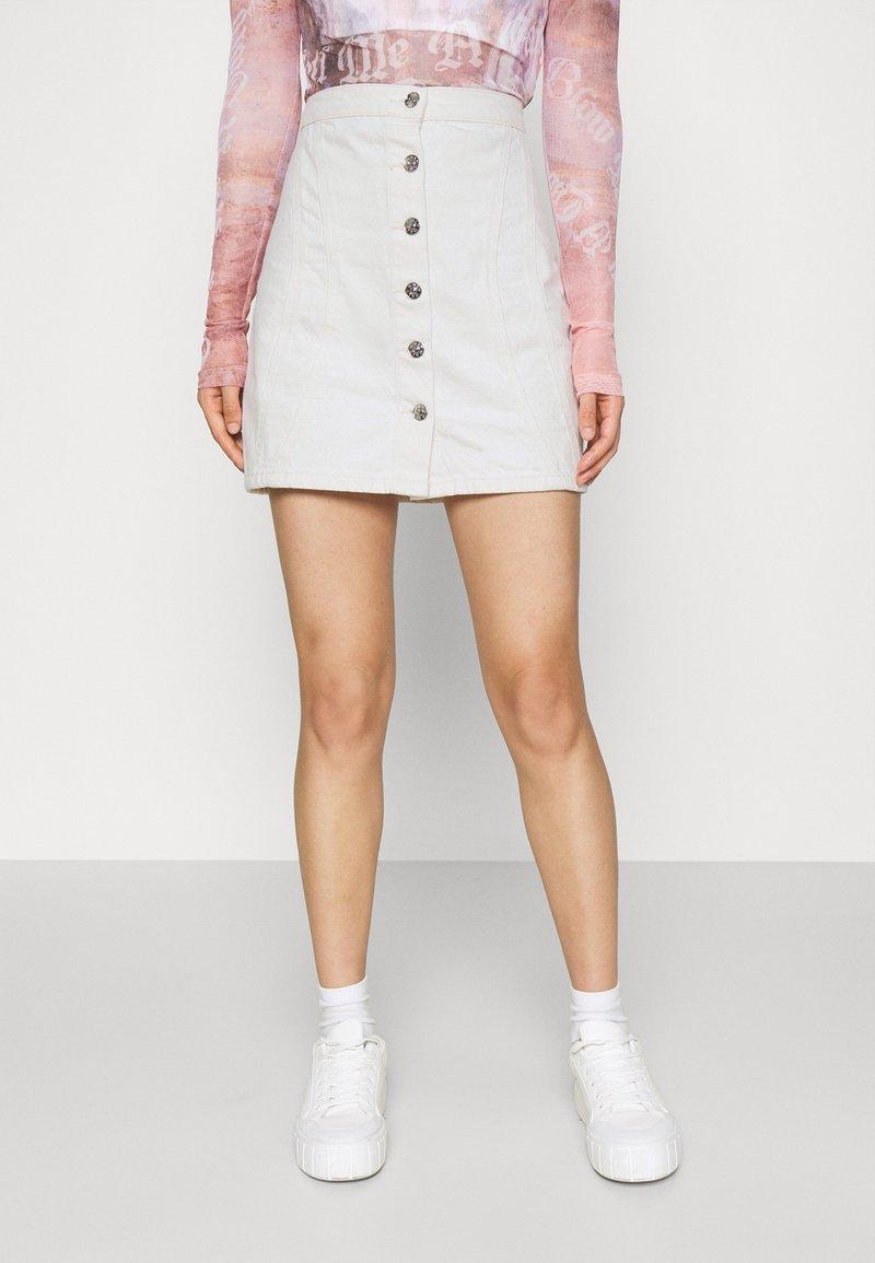 ONLY - ONLRUBY LIFE PANEL - Mini skirt - ecru