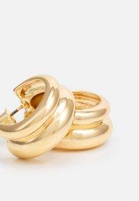 LIARS & LOVERS - MINI DOUBLE EFFECT CHUNKY HOOP - Earrings - gold-coloured - 2