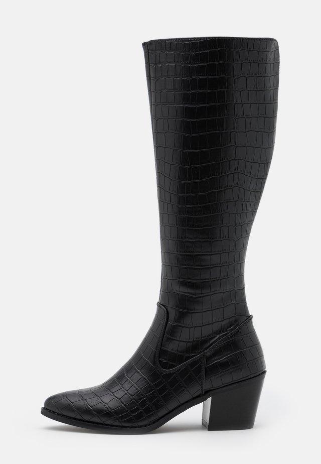 VMEA BOOT - Boots - black
