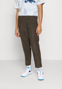 Billabong - BOWIE LAYBACK PANT - Trousers - coffee - 0
