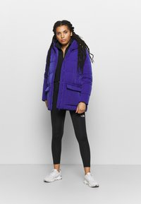 Champion - HOODED JACKET ROCHESTER - Winter jacket - royal blue - 1
