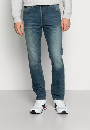 TEXAS TAPER - Slim fit jeans - smooth dust