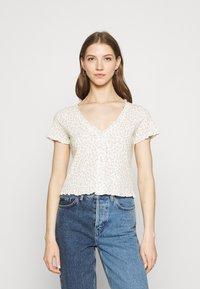 Monki - SONJA 2 PACK - Print T-shirt - off white - 3