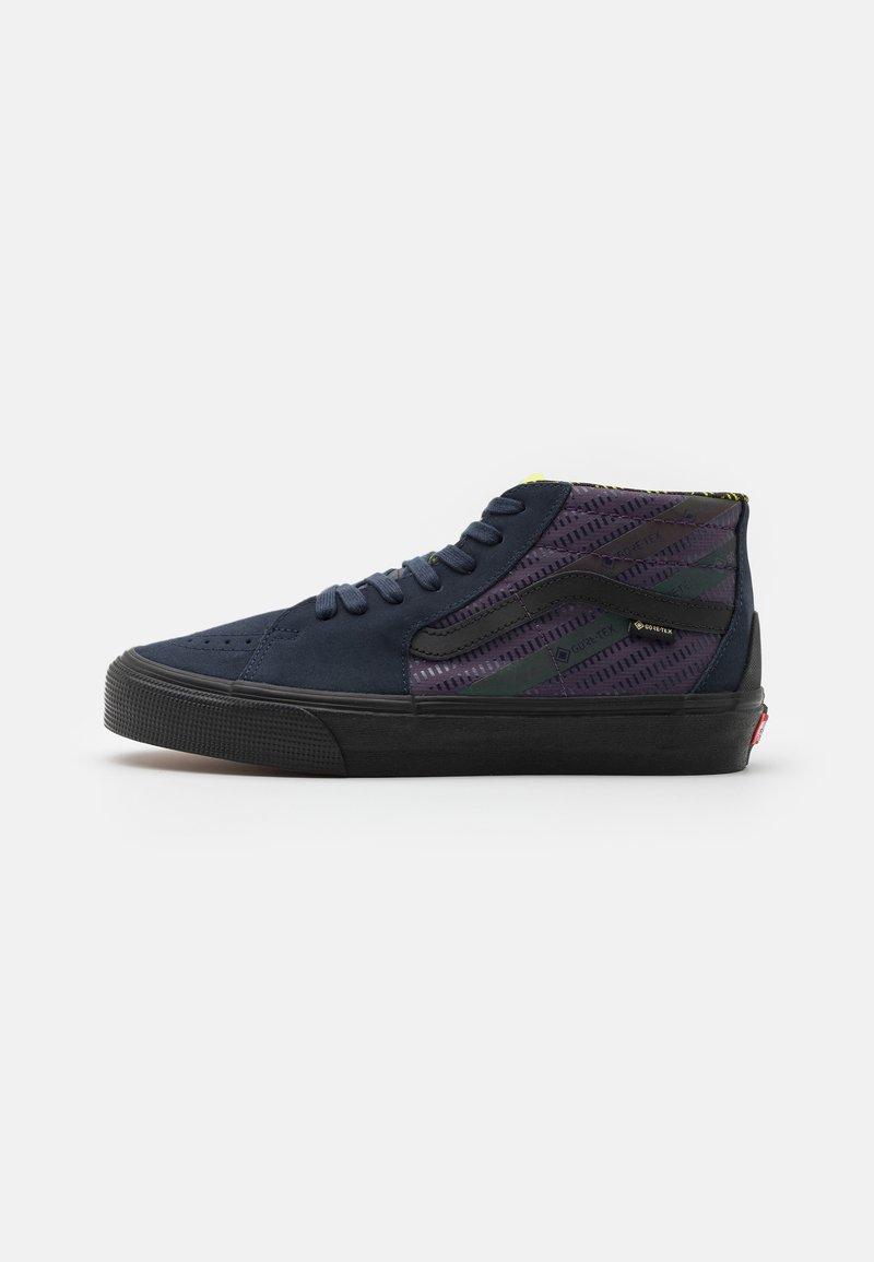 Vans - SK8 MID GORE-TEX UNISEX - Höga sneakers - india ink/purple
